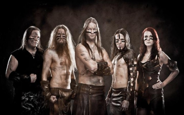 Ensiferum looking pretty dapper. In their skirts.